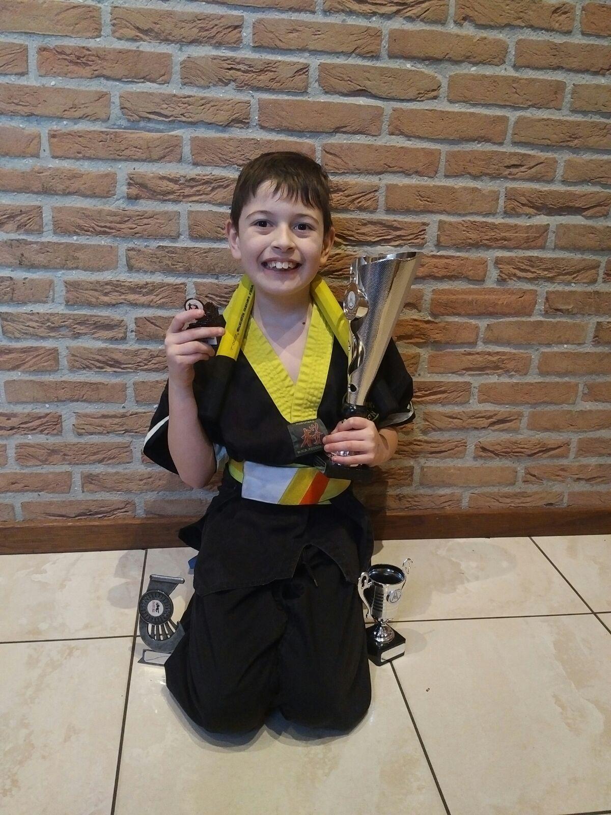 Dylan van Es: kumite -1.35 1ste plaats/ kata 2de plaats